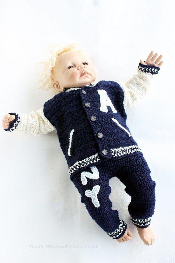 Mit diesem Spar-Set sparst Du über 20 %! Zwei PDF-Häkelanleitungen besteht aus bebilderter Anleitung zum Häkeln von Baby- oder Kinderhose für Gr. 50-128 (Neugeboren bis 8-jähriges Kind) und Baby- und Kinderjacke im Colleglook. Die Hose und Jacke sind
