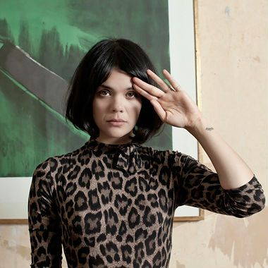 Natasha Khan of Bat for Lashes was bullied as a child for being half Pakistani and half white in London, but she got the last laugh because she is beautiful AND talented.