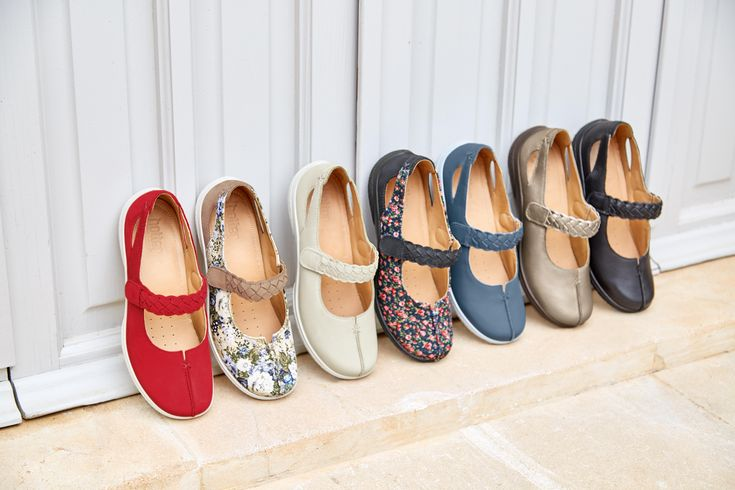 Shake is available in 14 colour options!