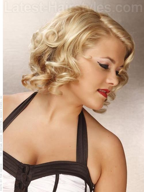 Curly Hair Vintage Style : Sweet retro glam curly blonde style hair