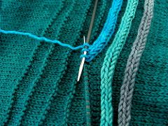 This is genius. A row of purls sets the stitch pat…