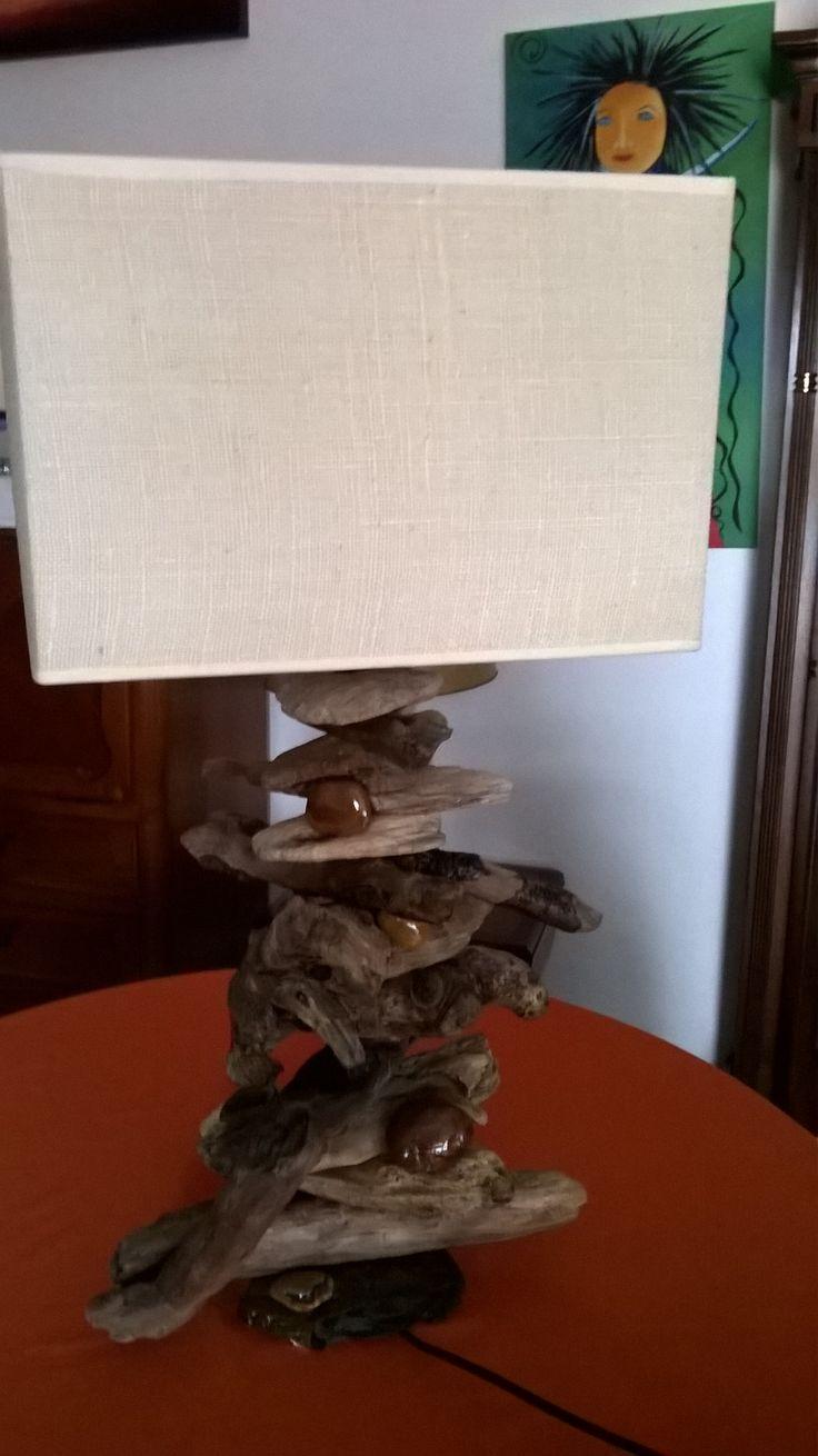 candeeiro de madeira da praia