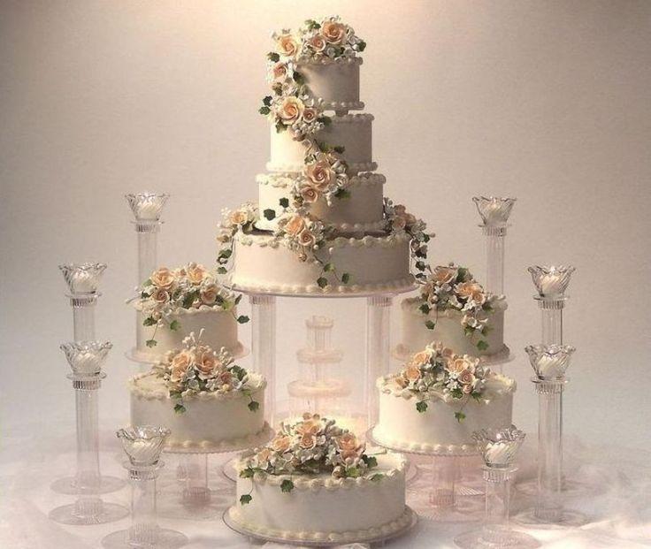 elegant wedding cakes with fountain
