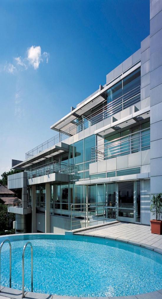 Richard Meier & Partners Architects -- Tan House Kuala Lumpur, Malaysia  1997 - 2003