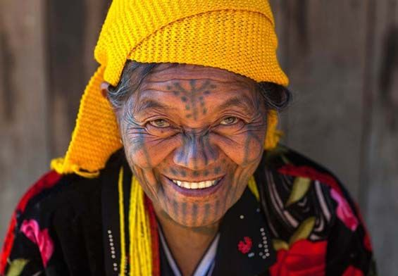 Eric Lafforgue Captures The Disappearing Tradition Of Facial Tattoos In Rural Myanmar      Eric Lafforgue - Photography