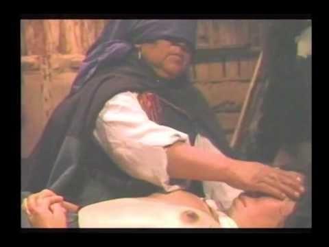 Machitun, mapuche.  De lo pocos registros,  a la machi no se le grava ni se le toma fotografías cuando hace sanación.