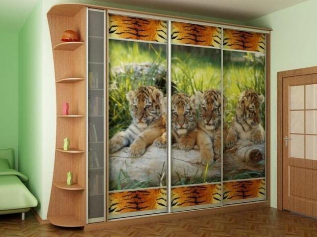 кухня классика верхние шкафы разноуровневые: 45 тис. зображень знайдено в Яндекс.Зображеннях