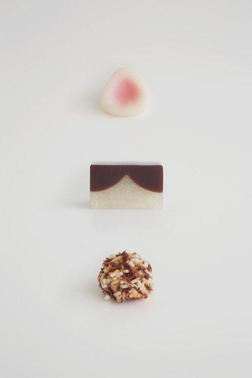 ねこをイメージした和菓子 〜とらや「甘いねこ展」