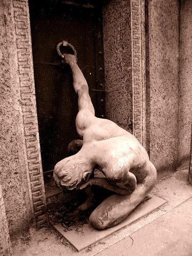 Südfriedhof, Leipzig, Germany...the most amazing cemetary.....