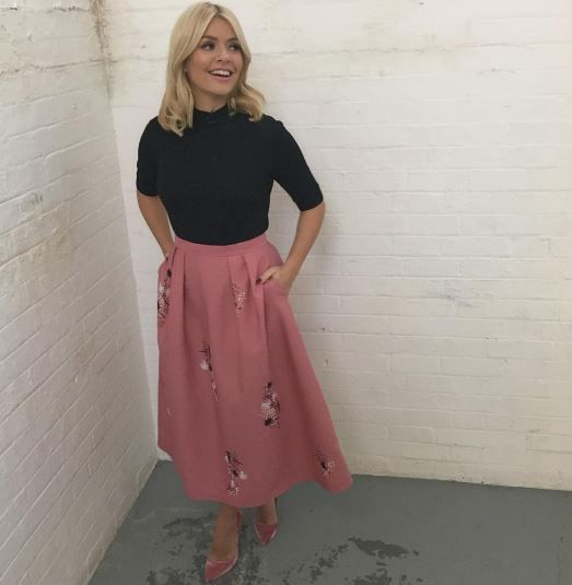 Trinny Makes Unexpected Comment About Holly Willoughby's 'Bump' On This Morning - Pretty 52