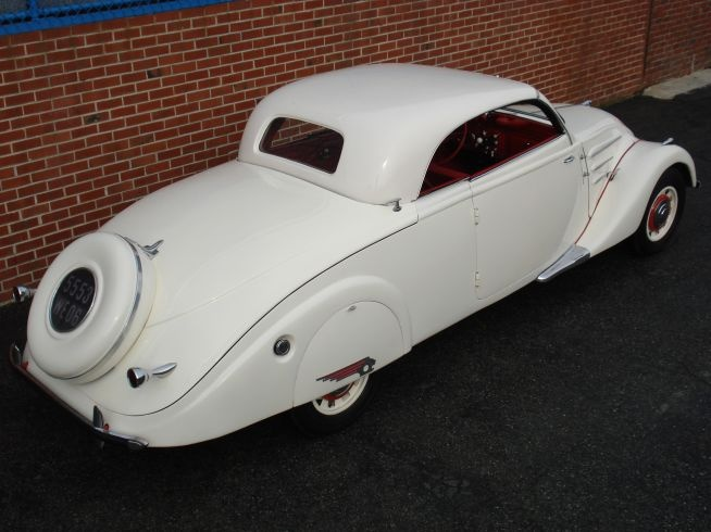 1938 Peugeot 402 Eclipse DeCapotable.