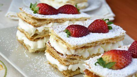 Millefoglie alle Fragole, la torta per celebrare la primavera: la ricetta sprint per preparare un dolce di stagione, dal sapore delicato ma al tempo stesso intenso