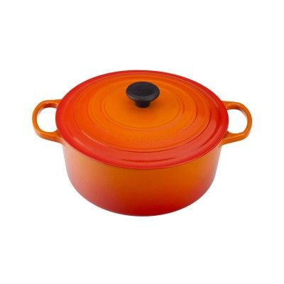 Le Creuset Signature Cast-Iron Round French Oven #lecreuset #giftsforgrads