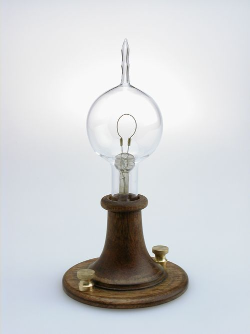 The First Light Bulb - Thomas Edison / Electricity History / Antique / Vintage )