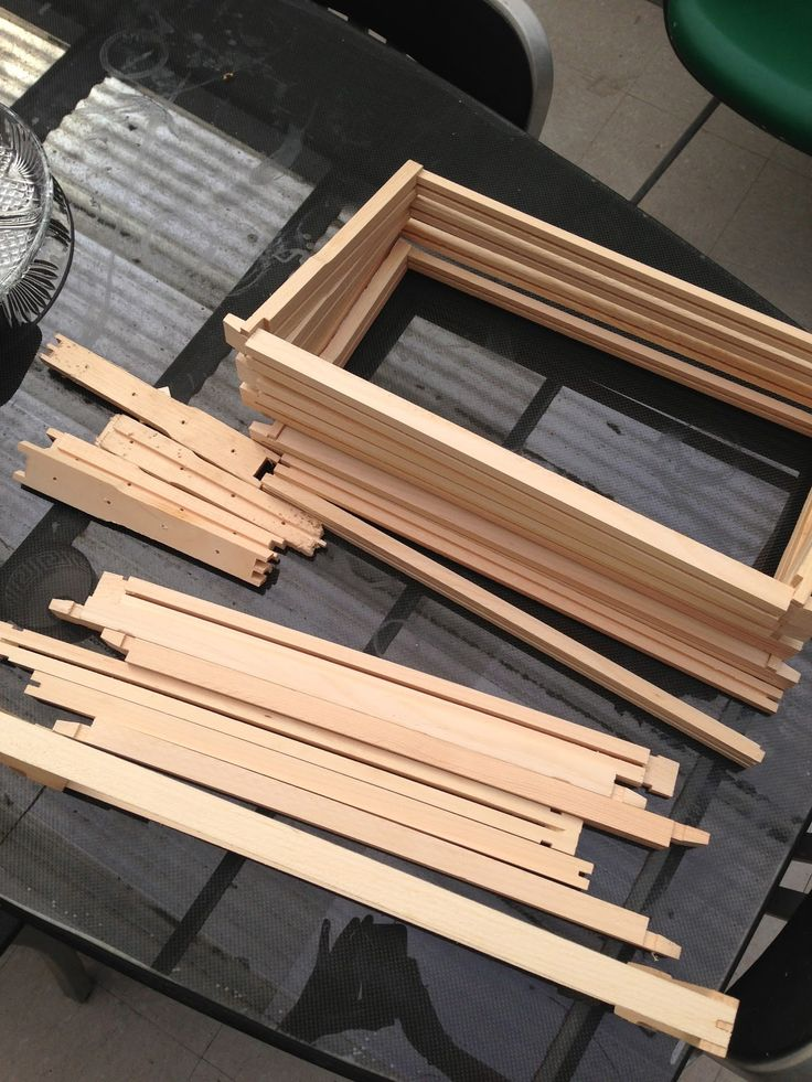building frames for a bee hive