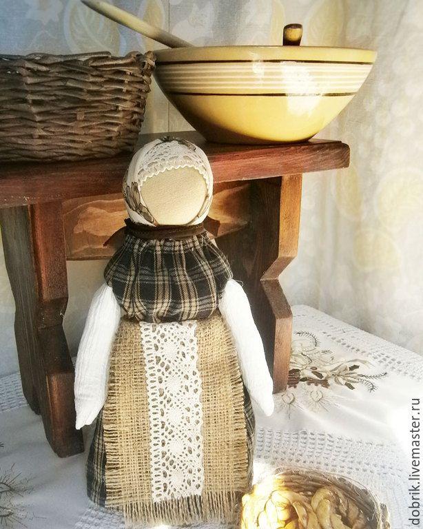 Купить Народная кукла оберег – В помощь хозяйке - коричневый, кукла оберег