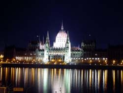 Another image of Budapest.. Summer is calling..