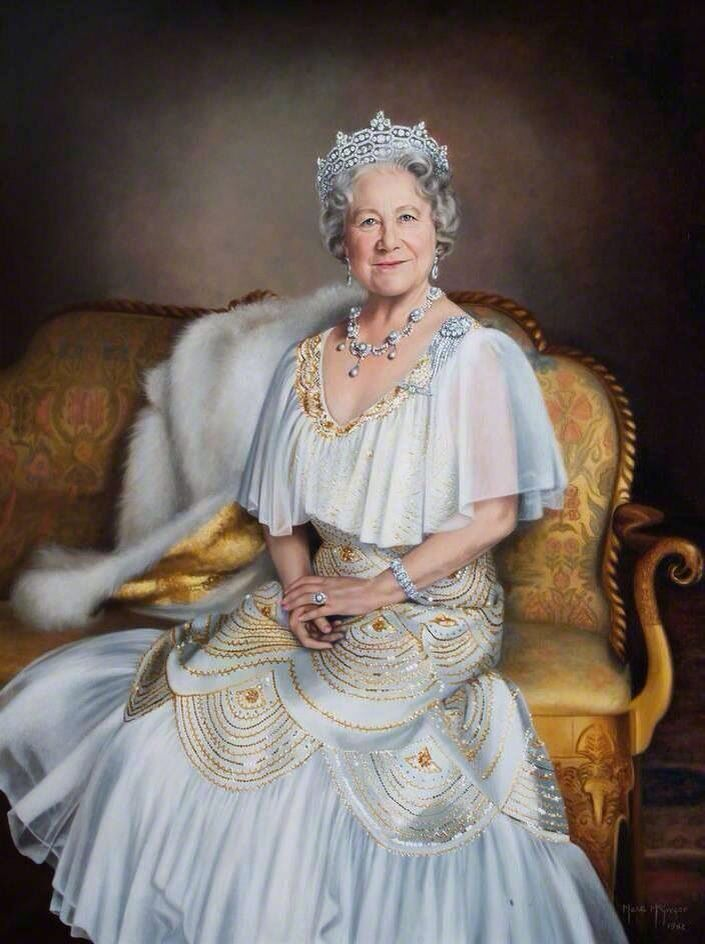 Queen Elizabeth, the Queen Mother - Dunway Enterprises: http://dunway.com - http://masterpaintingnow.com/how-to-draw-everything?hop=dunway