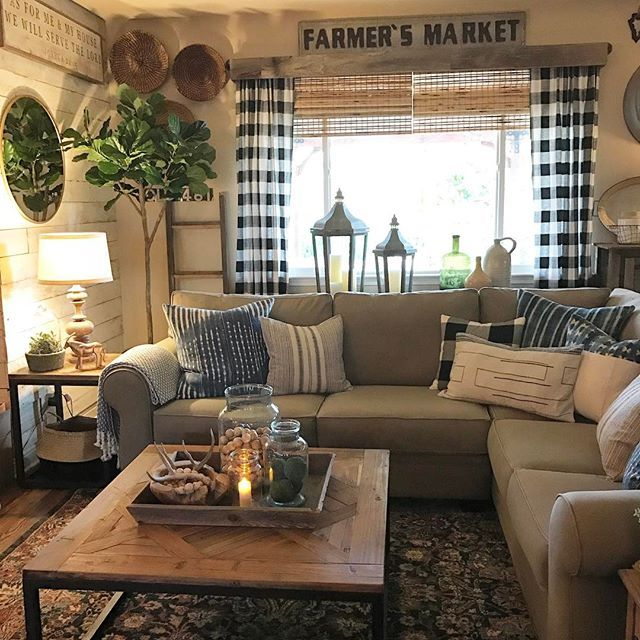 Country Farmhouse Living Room: Cozy Room With Buffalo Check Curtains
