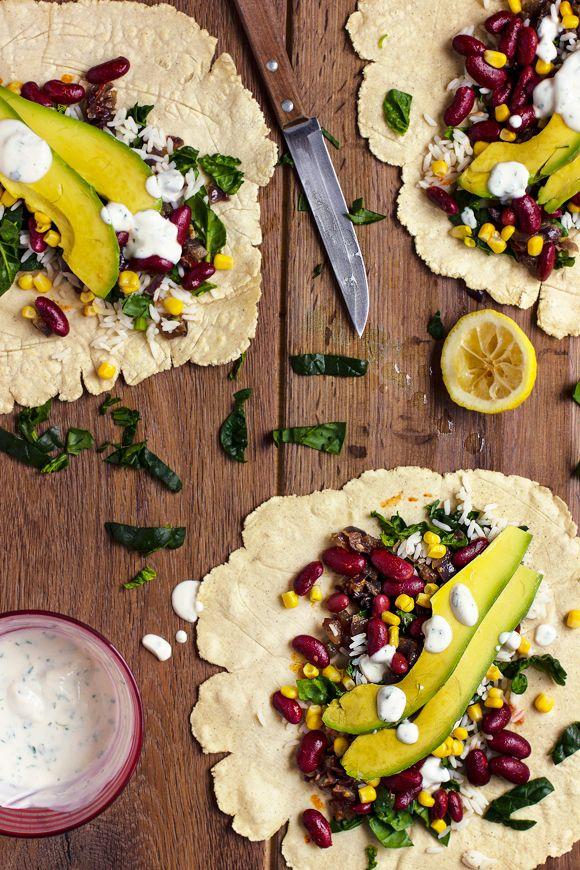 giroVegando in cucina: Tortillas di mais fatte in casa con riso, fagioli e verdure