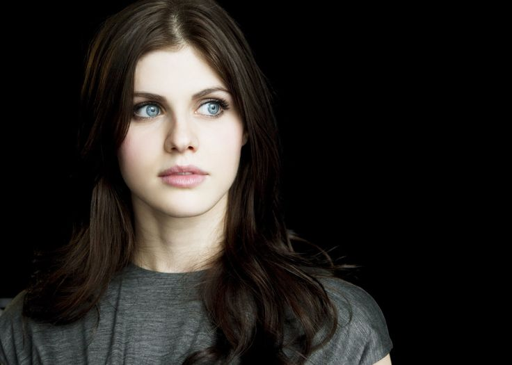 Alexandra Daddario Wallpapers
