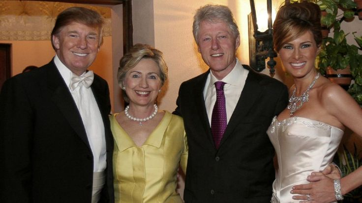 RHINO PHOTO: Donald Trump and Melania Trump with Hillary Rodham Clinton and Bill Clinton at their reception held at The Mar-a-Lago Club, Jan. 22, 2005, in Palm Beach, Fla.