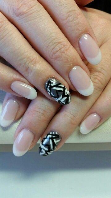 French manicure en toffe ringvinger met gellak en acryl verf...