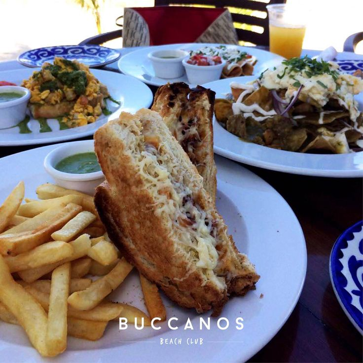 Grilled bacon & cheese sandwich, one of our favorite dishes to star the year! 💙☀ #BuccanosLife