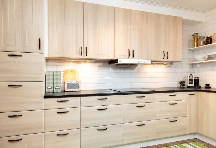 Hemmakocken trivs i ett HärjedalsKök, ja vilket kök som helst förresten, bara det är många lådor och bra förvaring.