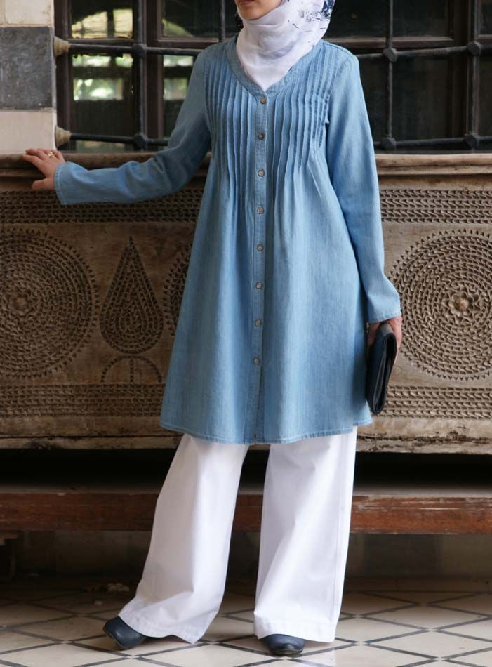 SHUKR USA | Denim Pleated Mother of Pearl Top