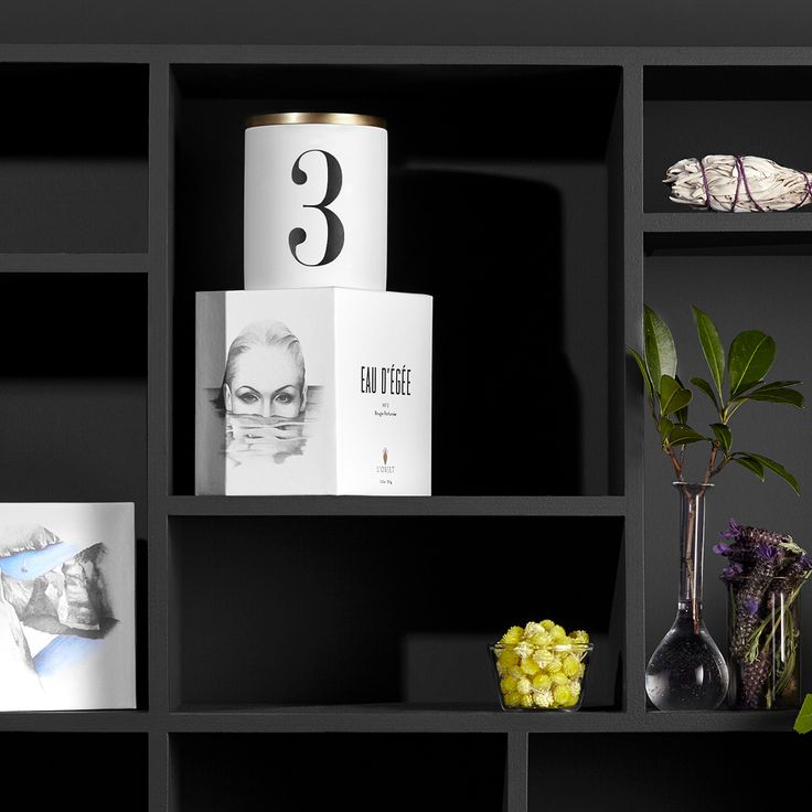 Hand crafted scents with graphic punch. Eau d'Égee No.3 Candle