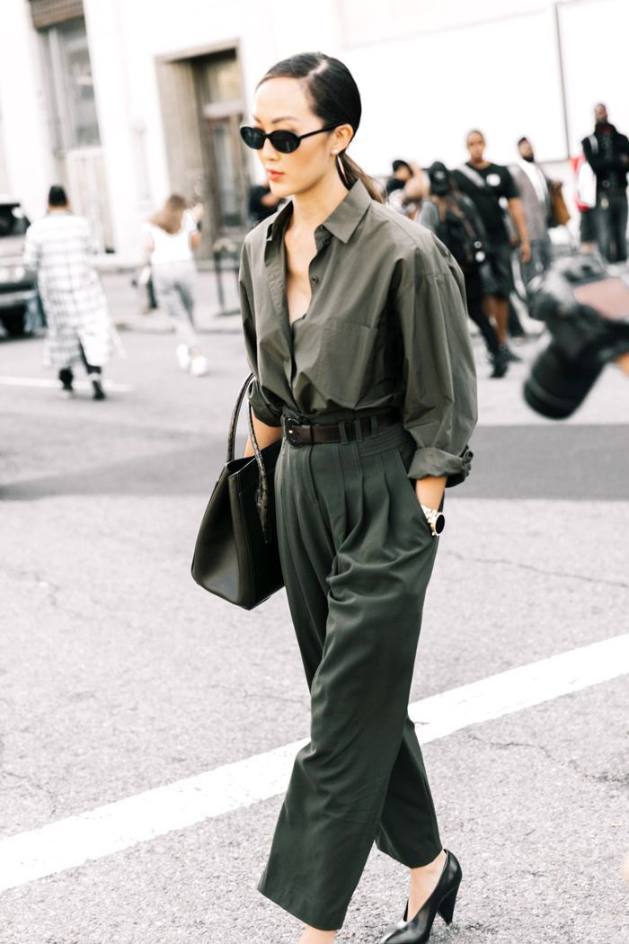 Let these stylish olive-green outfits inspire you to add a touch of the hue to your fall wardrobe.