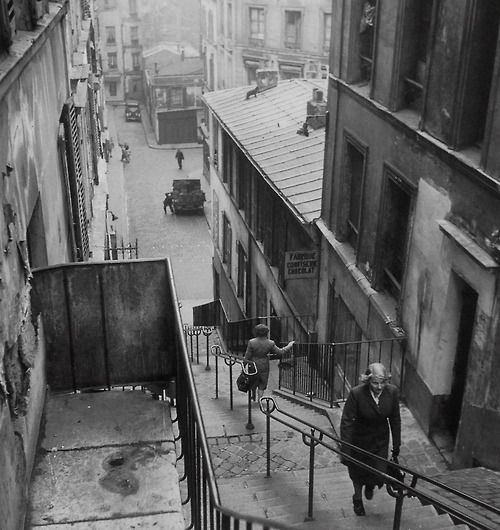 Steps to Montmartre 1947, Paul Almasy