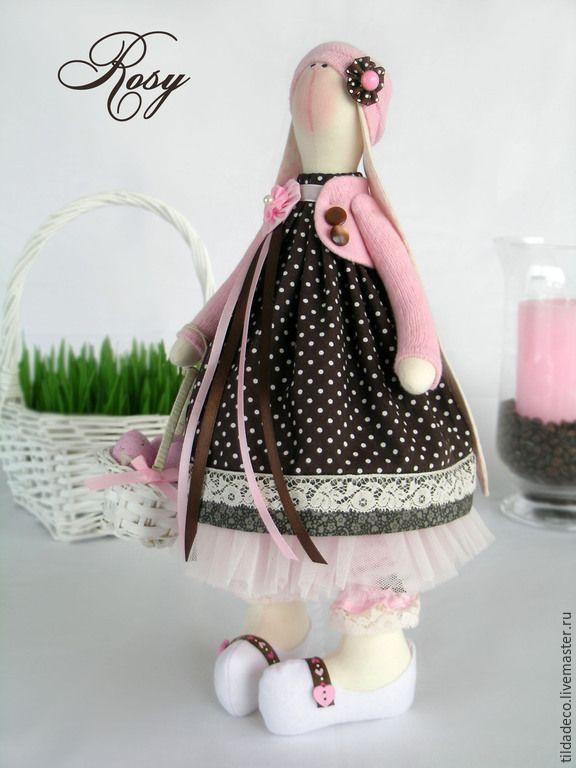 Купить Текстильная пасхальная зайка Rosy - бледно-розовый, коричневый, Пасха, тильда, Декор