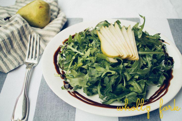 Rocket and pear salad Recipe