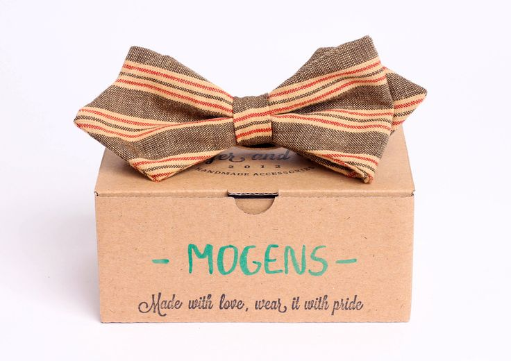 Striped arrowhead bow tie - Mogens by Badger & Fox