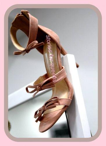 Γυναικείο πέδιλο με τακούνι stories for queens  http://handmadecollectionqueens.com/πεδιλο-γυναικειο-με-τακουνι  #fashion #sandal #heel #women #storiesforqueens #footwear #woman