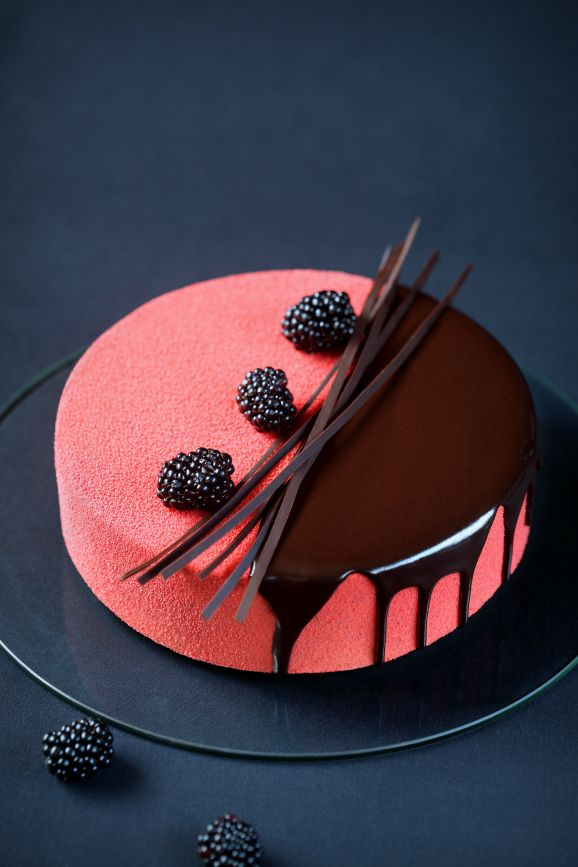 .~Rubus - Blackberry, Cream Cheese & Chocolate Mousse Entremet~.