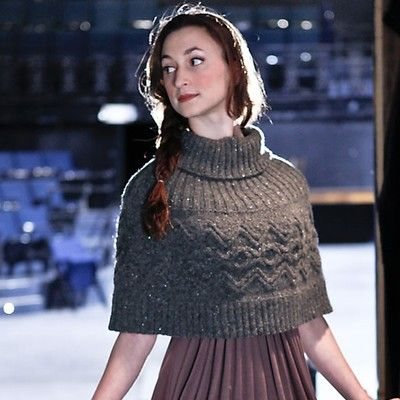 Capelet -----Free Pattern-----------one day I hope to knit good enough to make this --LOL
