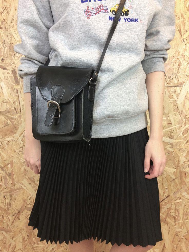 Black Leather Messenger Bag - 0