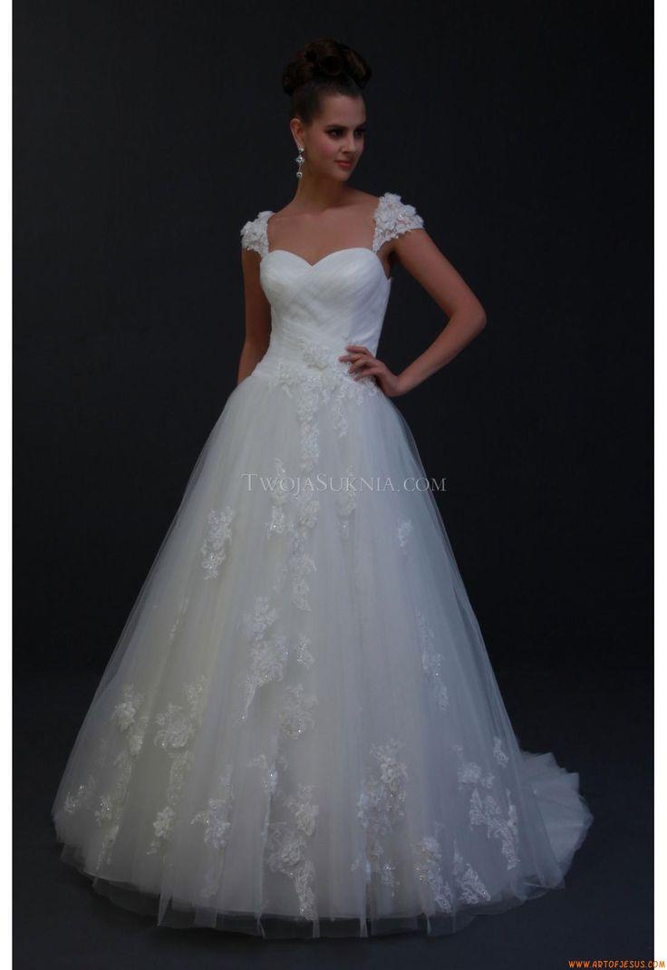 241 best brautkleider hamburg images on pinterest for Affordable unique wedding dresses