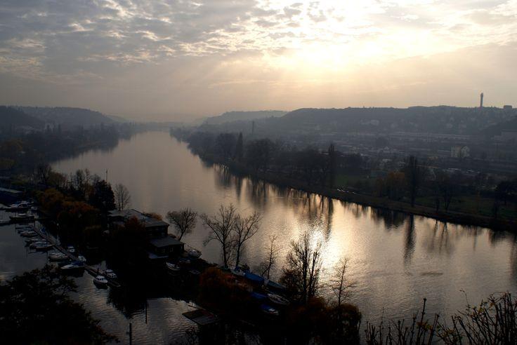 Vltava - pohled z Vyšehradu proti proudu