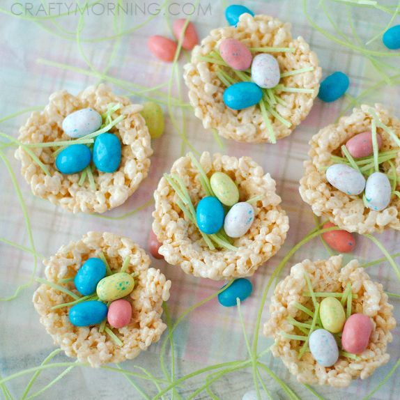 If you're like me, you look for easy dessert recipes to make for holidays and this one is great for Easter! Instead of making a square pan of rice krispie treats, you use a muffin tin to make individual little bird nests! Ingredients Needed: 3 tbsp. butter 1 10 oz bag of marshmallows 6 cups …
