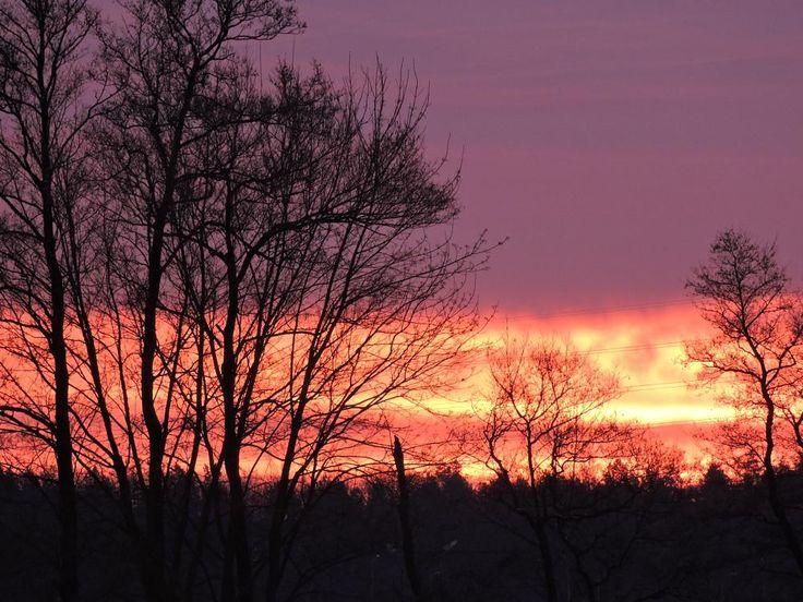 Wschód słońca by Romuald Statkiewicz