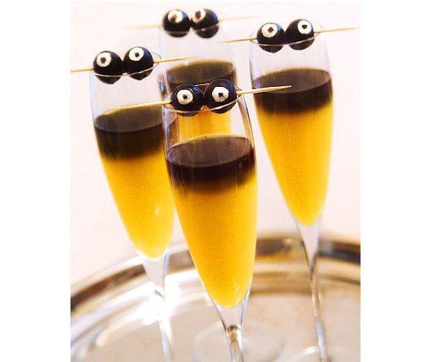 Cocktail «Goblin mimosa» Halloween
