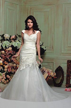 2503f2454b1 Source https   www.pinterest.com victoriarogerso victoria-rogerson-wedding- dress-outlet
