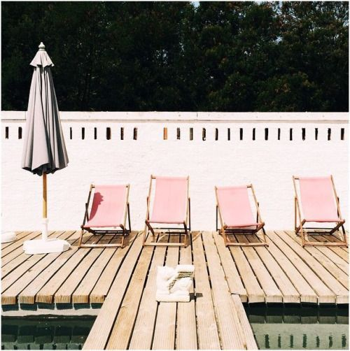 Poolside pink. @thecoveteur: