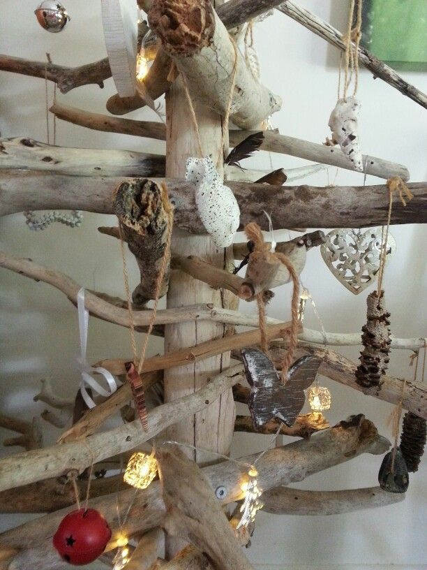 Driftwood xmas tree with natural decorations