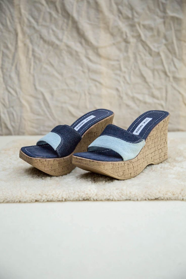 90s Steve Madden Blue Denim Patchworks Slip On Platform Slide Sandals Cork Wedges • 6  DETAILS ▼  LABEL: Steve Madden SIZE: 6 US Womens MATERIAL: Cotton Denim, Synthetic CONDITION: Very Good : some defects in cork-look wedge • Slide Sandal • Baby Blue and Indigo Denim • Platform Wedge • Cork-Look MEASUREMENTS ▼  Platform 3.75/ 9.5 cm Length of Insole 9 / 23 cm  • • •  Like this? You might LOVE these: http://etsy.me/2sYwSAw  Check out our SALE SECTION! http://...