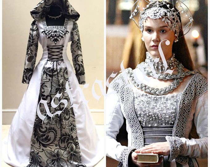 Best 25 Simple Wedding Gowns Ideas On Pinterest: Best 25+ Medieval Wedding Dresses Ideas On Pinterest